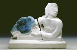 Appare e scompare, 1991-1992, marmo bianco di Carrara cm h 35x47x15