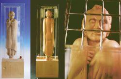 Gramsci, 1987, legno di tiglio e plexiglass (fronte, retro e particolare) cm h 170x50x23