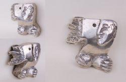 Si avvicina e si allontana, mini-scultura, argento, mm h 43 x 42 x 22