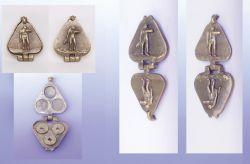Misterioso King 1, portamonete, bronzo, mm h 15 x 130 x 60
