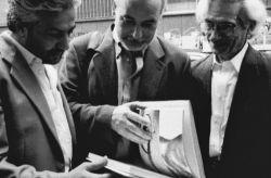 con lo scrittore Tahar Ben Jelloun e il poeta Younis Tawfik, Torino 1997