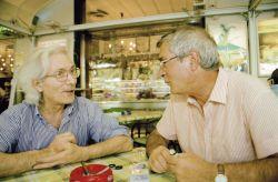 con il gallerista Marcello Scorsone al bar Alba, Palermo 2001