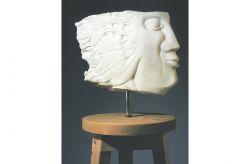 Frammento nel trespolo, 1990, marmo e legno cm 138 x 34 x 34