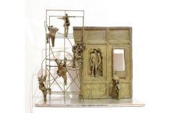 Ieri Oggi domani?, 1991, bronzo e acciaio cm h 100 x 100 x 50, Cassa di Risparmio di Asti